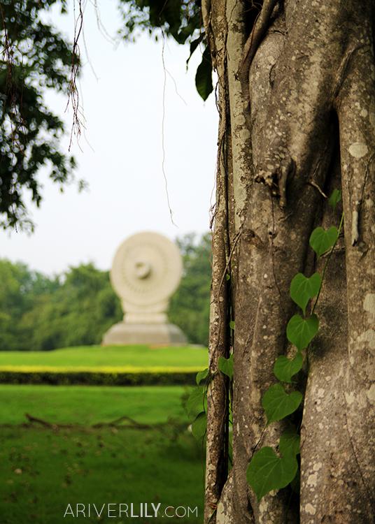 Travel Diary - Thailand Nakhon Pathom Buddhamonthon Park Phutthamonthon - Wheel of Dharma