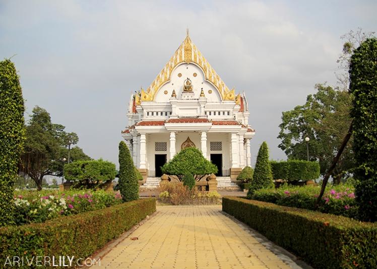 Travel Diary - Thailand Nakhon Pathom Buddhamonthon Park Phutthamonthon Office of National Buddhism