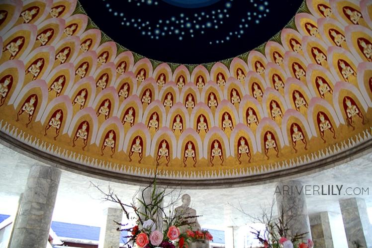 Travel Diary - Thailand Nakhon Pathom Buddhamonthon Park Phutthamonthon - Blue temple marble