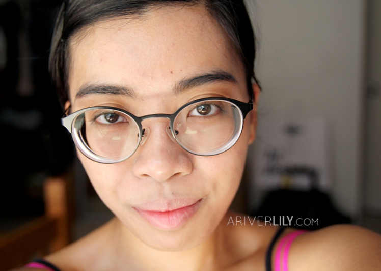 Dear Klairs Illuminating Supple Blemish BB Cream review - face blended test after