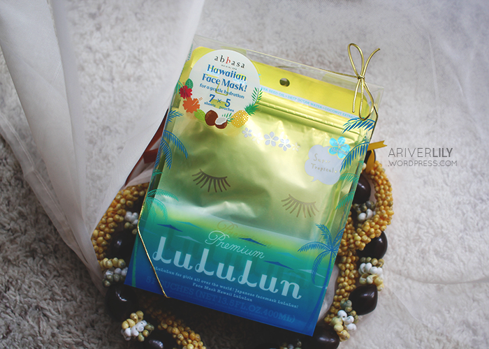 Hawaii LuLuLun Plumeria Face Mask sheet review - kukui nut oil
